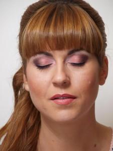 Machiaj profesional cu nuante de roz, bordo si negru